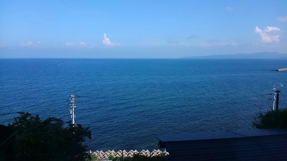氷見から眺める富山湾